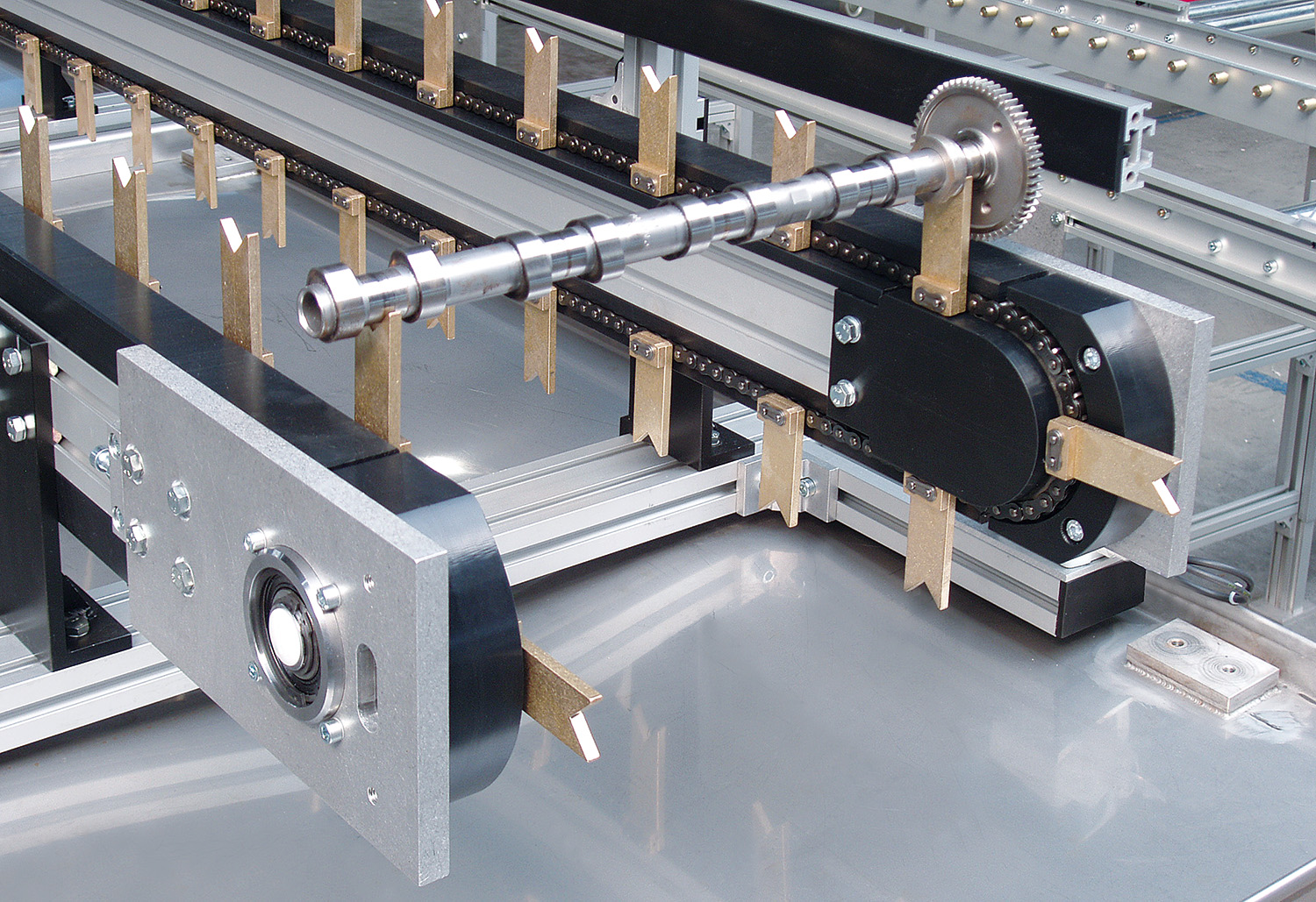 mk introduces an indexing chain conveyor system - Mepca